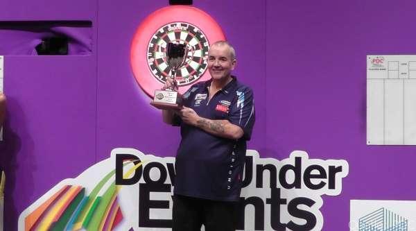 Phil Taylor gewinnt die Perth Darts Masters 2014